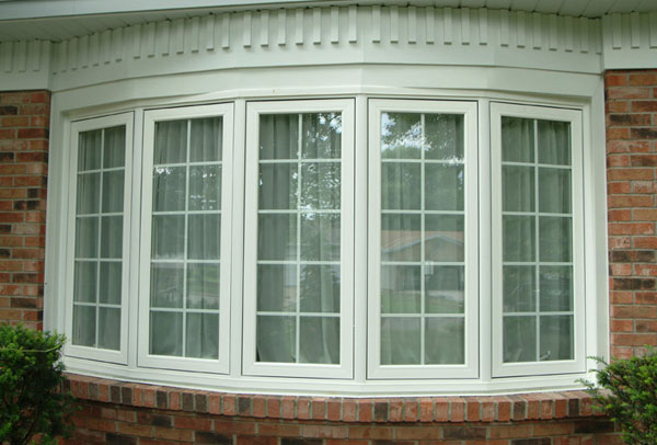 Buschurs Home Improvement installs Bay or Bow Windows in Dayton, OH